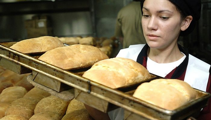 Get It Right: 5 Skills You Need to Have as a Baker